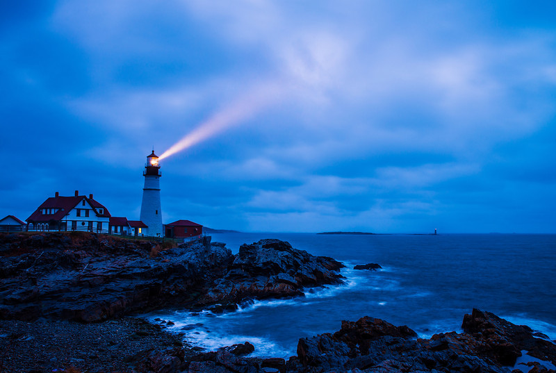 cape-elizabeth-portland-head-light-lighthouse-dusk-L